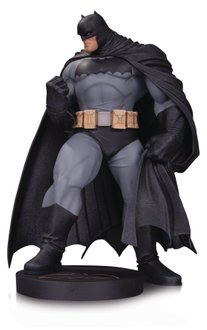 Фигурка DC Collectibles Designer Series: Batman by Andy Kubert